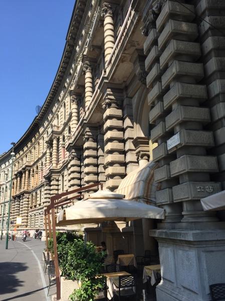 Large Cairoli curving facade